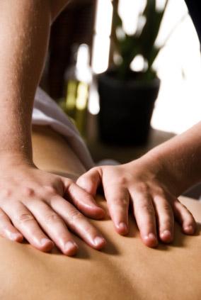 Rhythmische Vital Massage in Nußdorf am Inn - iStockphoto © kjohansen