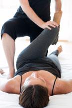 Shiatsu, japanische Massagetechnik - iStockphoto © kjohansen